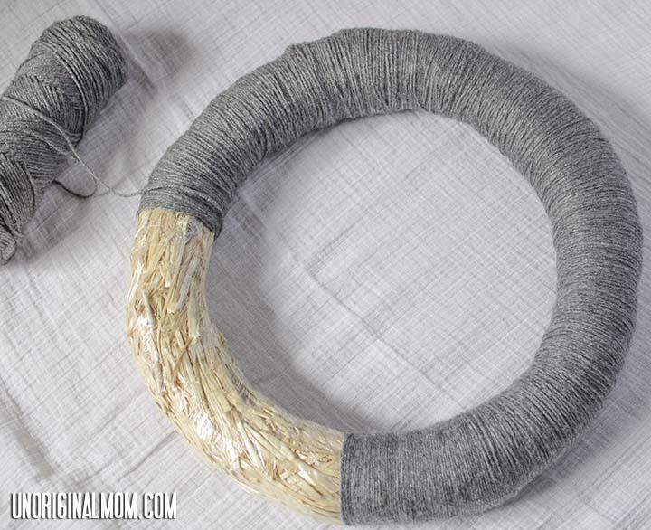 Wrapping yarn to make a yarn wreath   unOriginalMom.com