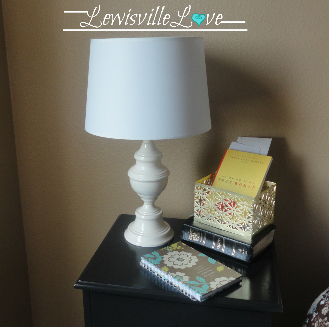 Original Friday Feature: Lamp Makeover Tutorial by Lewisville Love