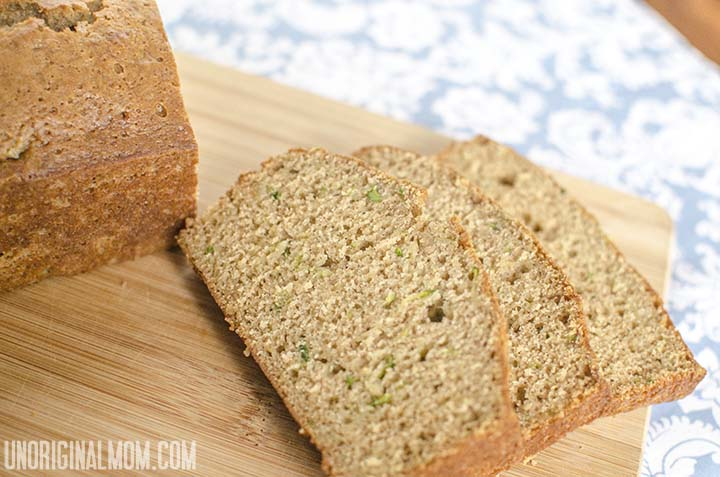 Easy Zucchini Bread Recipe  |  unOriginalMom.com