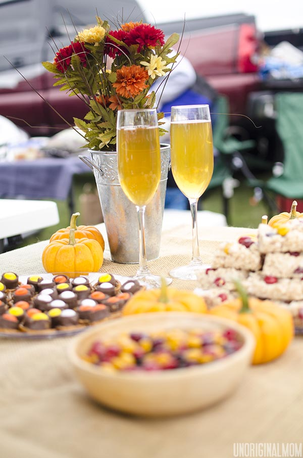 Fall Tailgating Party with M&Ms and Mott's Apple Juice #HarvestFun #shop #cbias