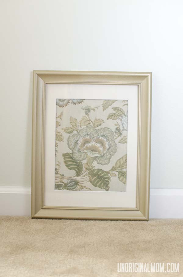 Use cloth napkins and secondhand frames to create inexpensive wall art - perfect for staging a house to sell!  |  unOriginalMom.com