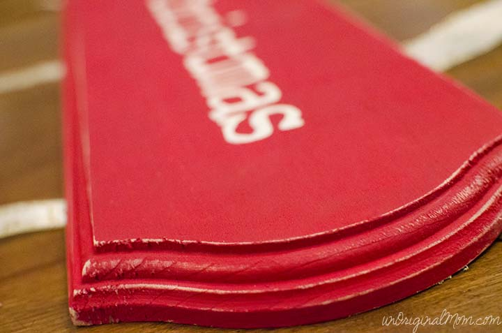 DIY Hanging Christmas Card Holder  |  unOriginalMom.com