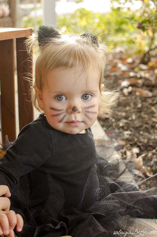 Easy DIY Little Black Cat Costume  |  unOriginalMom.com