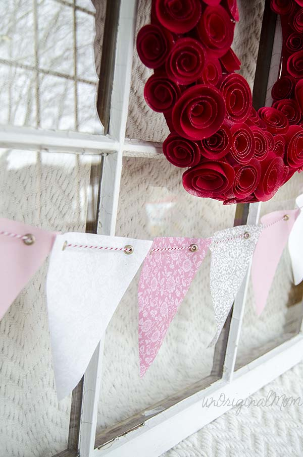 New-Sew Interchangeable Fabric Bunting - make lots of triangles in a variety of colors and prints to mix and match for different holidays or occasions!