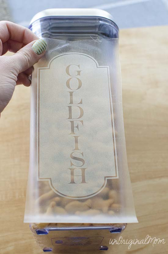 Simple pantry labels with frosted vinyl