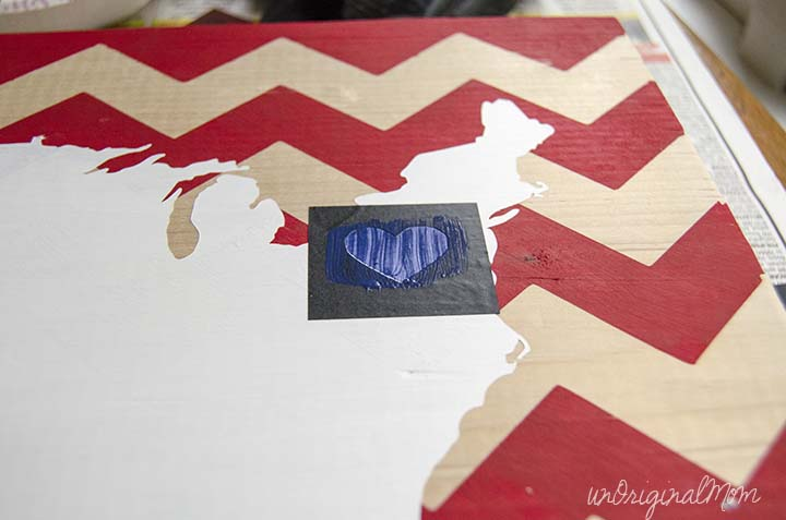 DIY Patriotic Wooden Sign - free cut file!