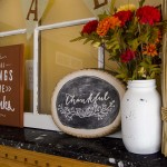 """Thankful"" Wood Slice Decor – How to Hand Letter Chalkboard"