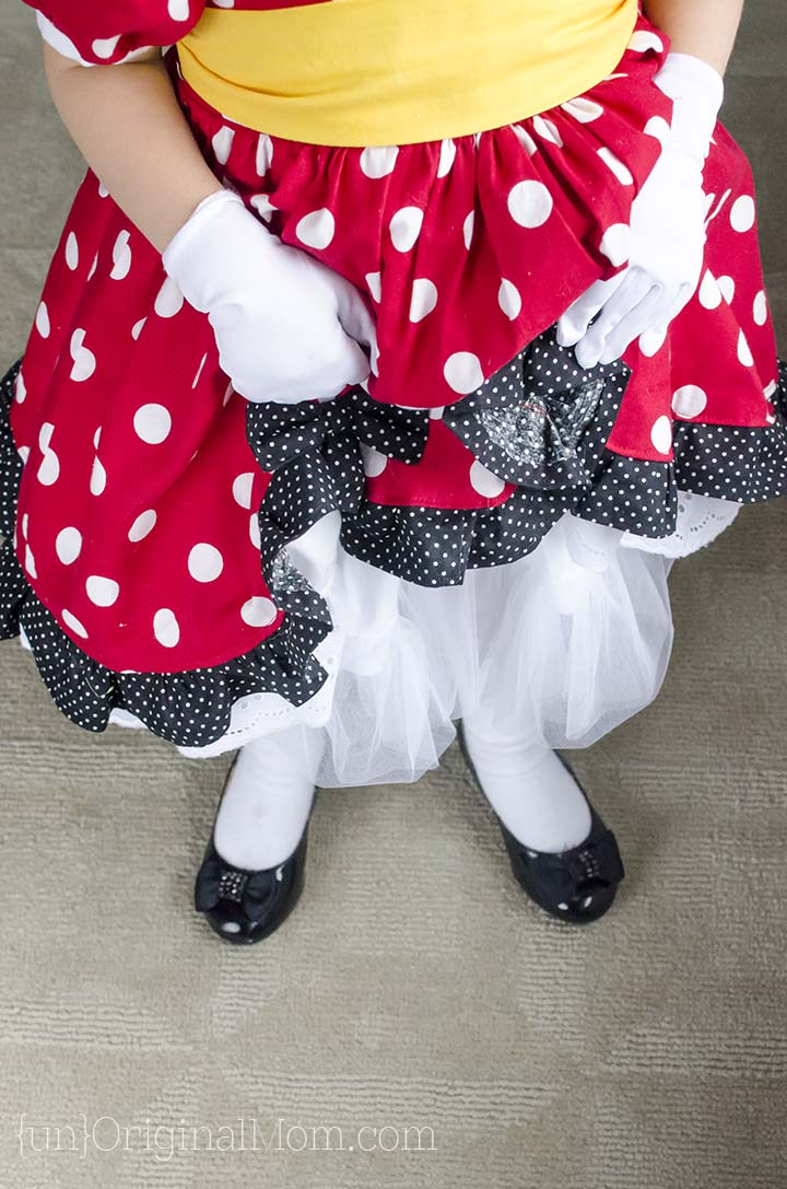 The perfect pattern to make a DIY Minnie Mouse Costume for your little girl.  Great for Halloween or a trip to Disney!