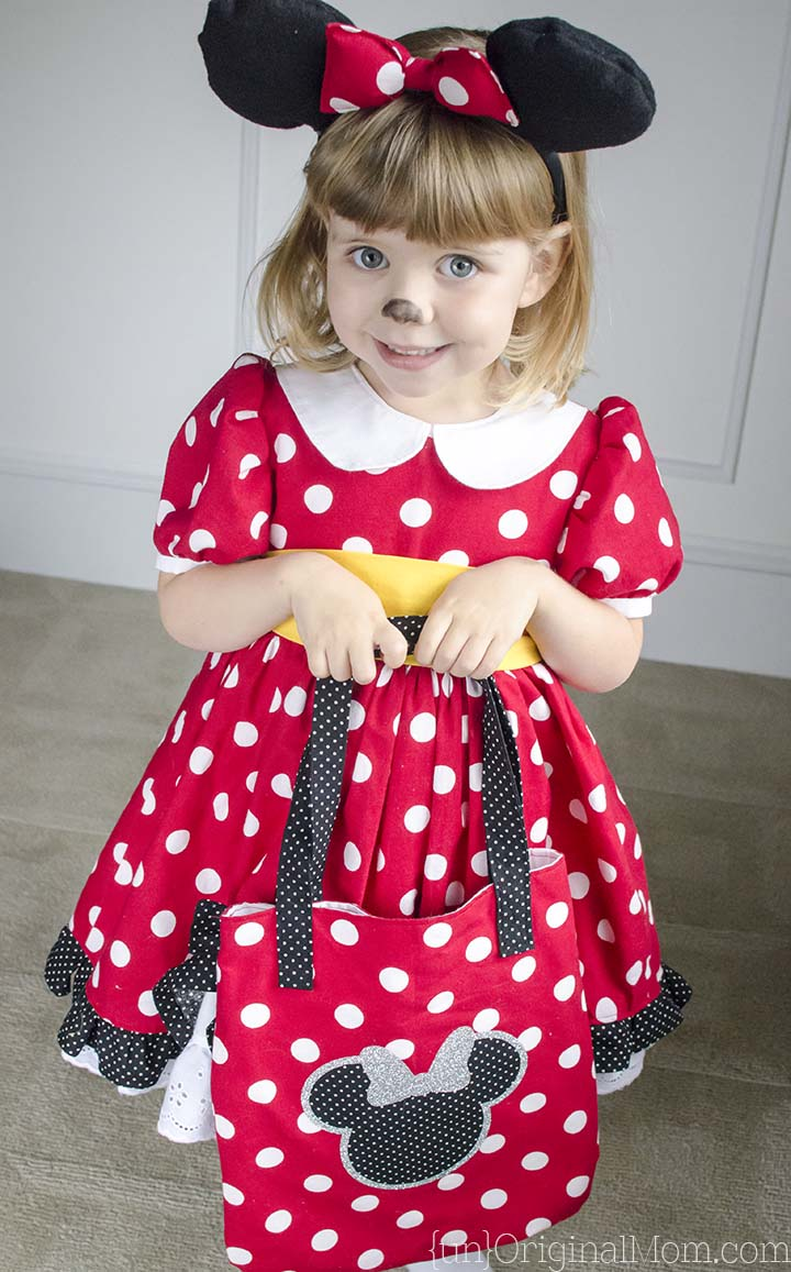 the perfect pattern to make a diy minnie mouse costume for your little girl great