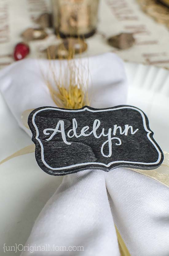 DIY wooden place cards with your Curio!