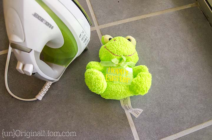 Personalize stuffed animals from the dollar store with heat transfer vinyl - so easy and adorable!