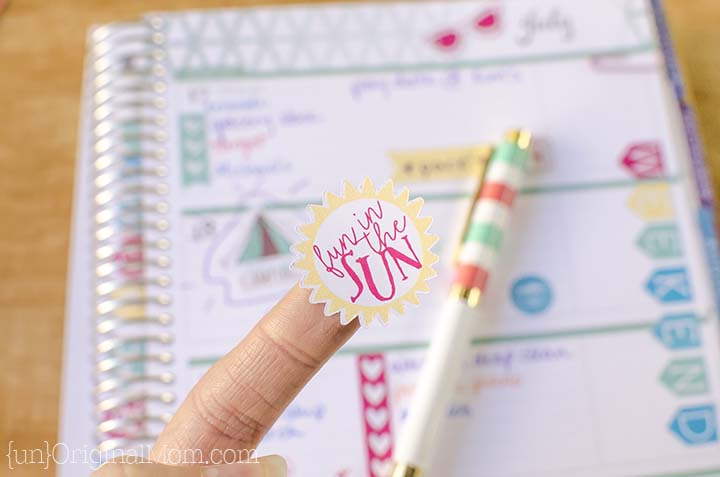 Really fun and colorful planner stickers for summer, made with a Silhouette. Plus a free cut file to print and cut your own.