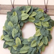 DIY Farmhouse Magnolia Wreath