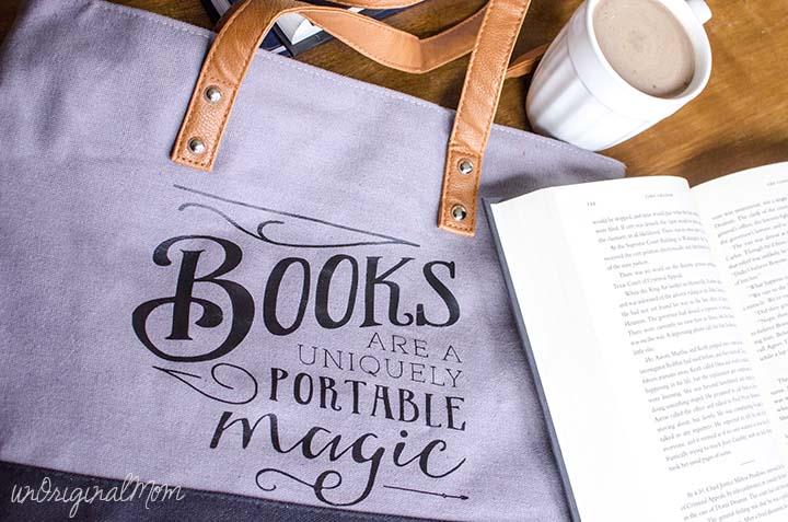 books-uniquely-portable-magic-tote-bag-04