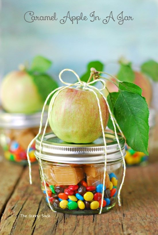 Gifts in a jar are such great  - and easy - handmade christmas gifts! Here are 30 great gift in a jar ideas.
