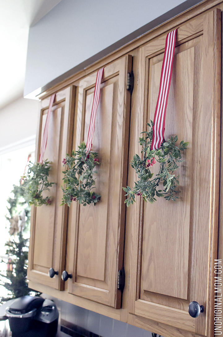 Beautifully decorated Christmas Home Tour from unOriginalMom.com - lots of great Christmas decor ideas here!