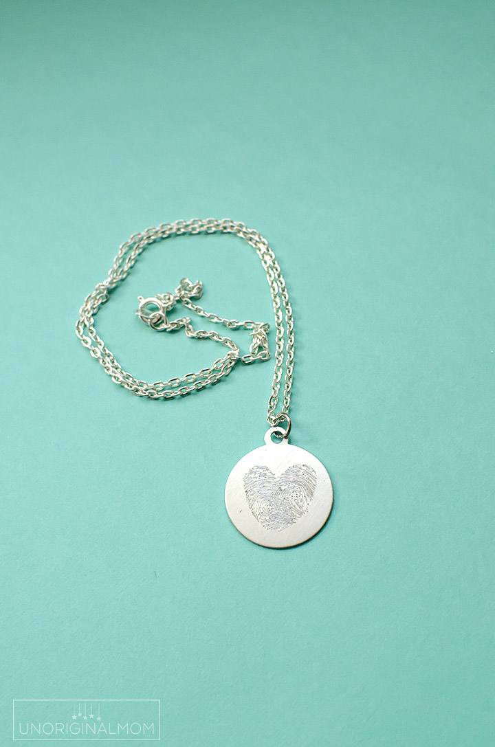 Diy Etched Fingerprint Necklace Unoriginal Mom