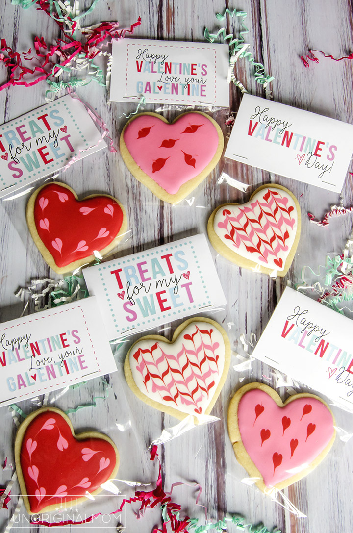 Free printable labels for Valentine's Day treat bags - so cute!