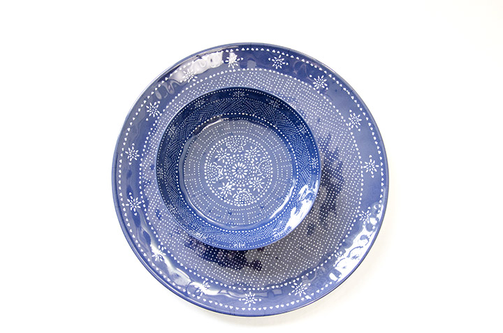 Easy DIY tiered chip and dip tray using a dollar store candlestick, clear Gorilla Glue, and a matching bowl and plate. | outdoor entertaining | chip and dip bowl | DIY tiered stand