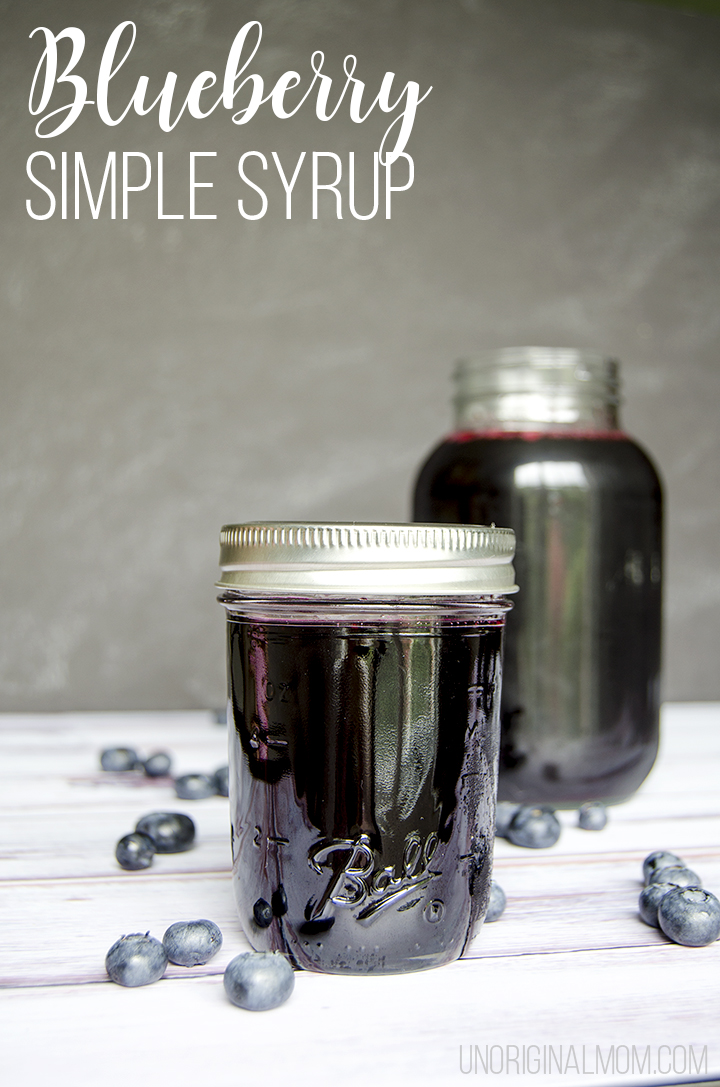 Blueberry simple syrup - so easy to make, and a delicious way to make all kinds of summery drinks and cocktails! Plus it's a great gift idea. Free printable recipe cards, too! | blueberry simple syrup | blueberry cocktails | blueberry drink ideas | blueberry recipes | mocktails