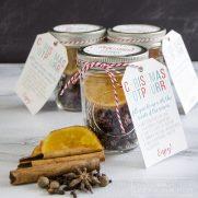 Easy Christmas Potpourri Gift Jars with Free Printable Tags