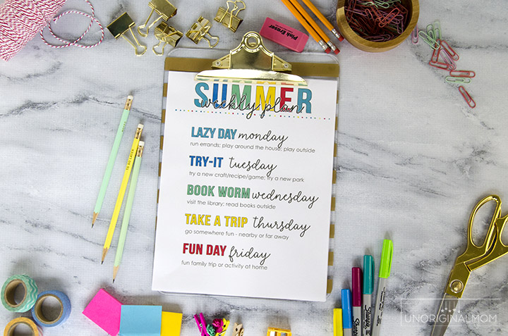 Free printable weekly summer schedule - add some structure and routine to your summer days! #summer #summerplanning #freeprintable