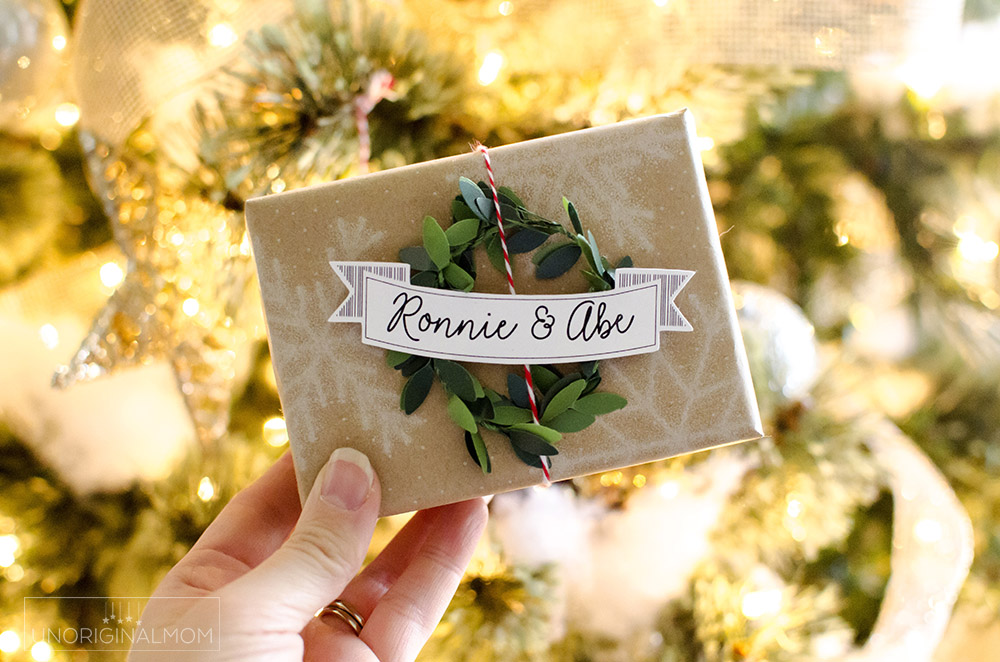 Use your Silhouette to sketch and cut these simple DIY Mini wreath gift tags for Christmas!
