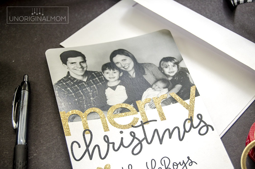 Use your Silhouette to print-and-cut a simple overlay to add to your family photo Christmas cards! Here's a full tutorial. #silhouettechristmascards #printandcut